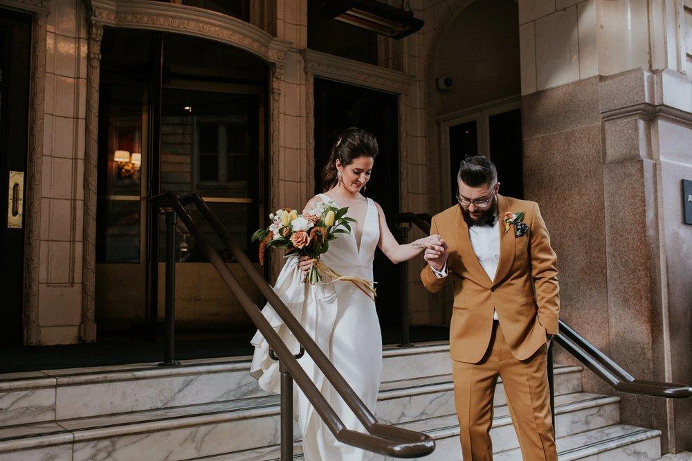 chicago-illinois-downtown-urban-elopement-wedding-photographer 30.jpg