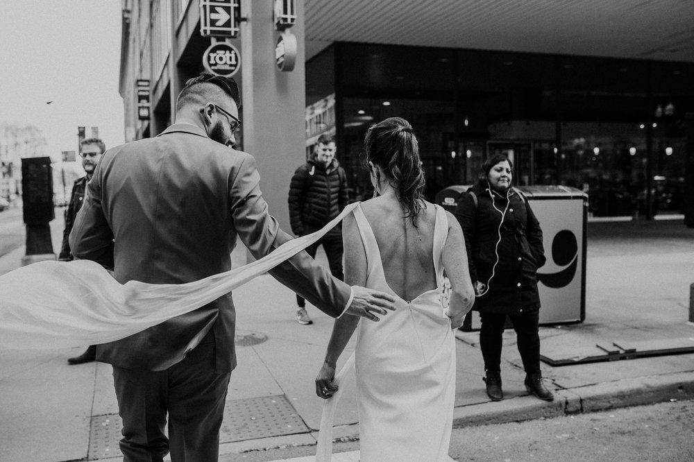 chicago-illinois-downtown-urban-elopement-wedding-photographer 46.jpg