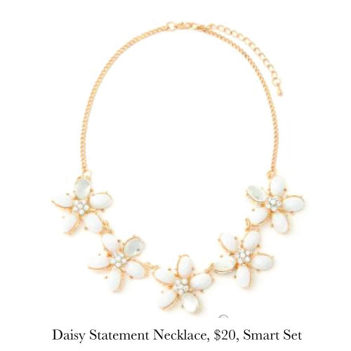 daisy-necklace-smart-set.jpg