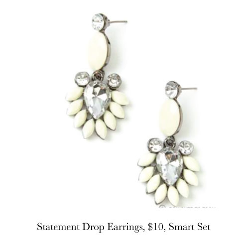 statement-earrings-smart-set.jpg