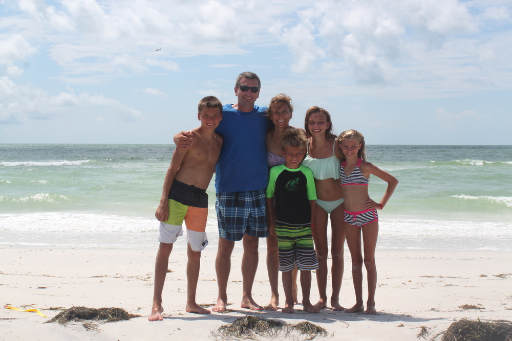 Bill, Lisa & their children