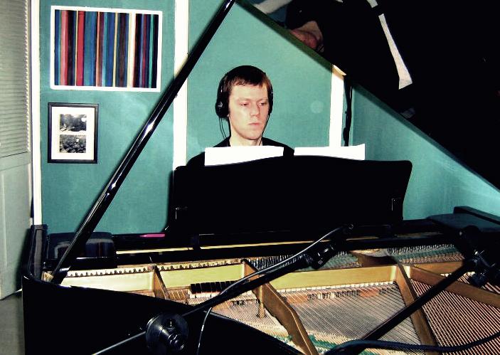 Brad Whiteley piano