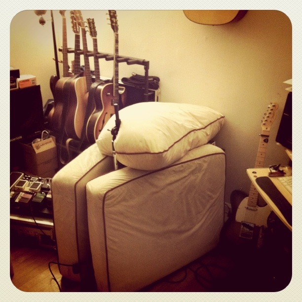 Home Recording - NYC guitarist Cameron Mizell