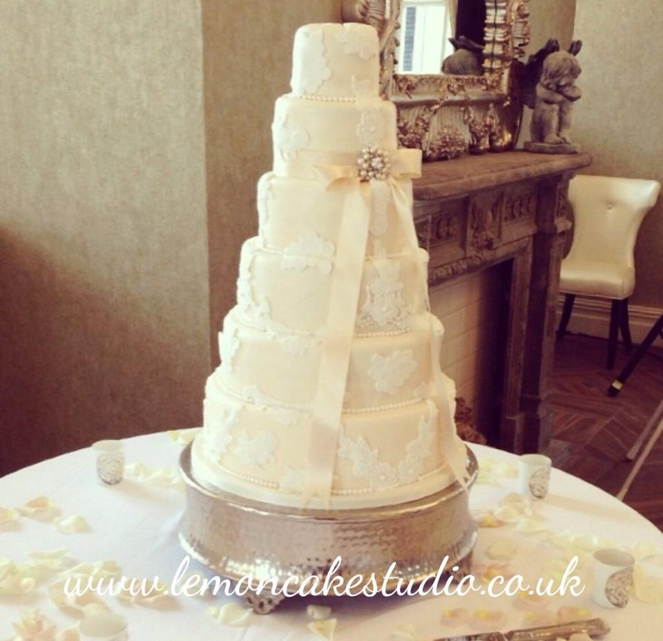 The Red Event Leasowe Castle Wedding Fayre September 2014 Special offer Lemoncake Studio 2
