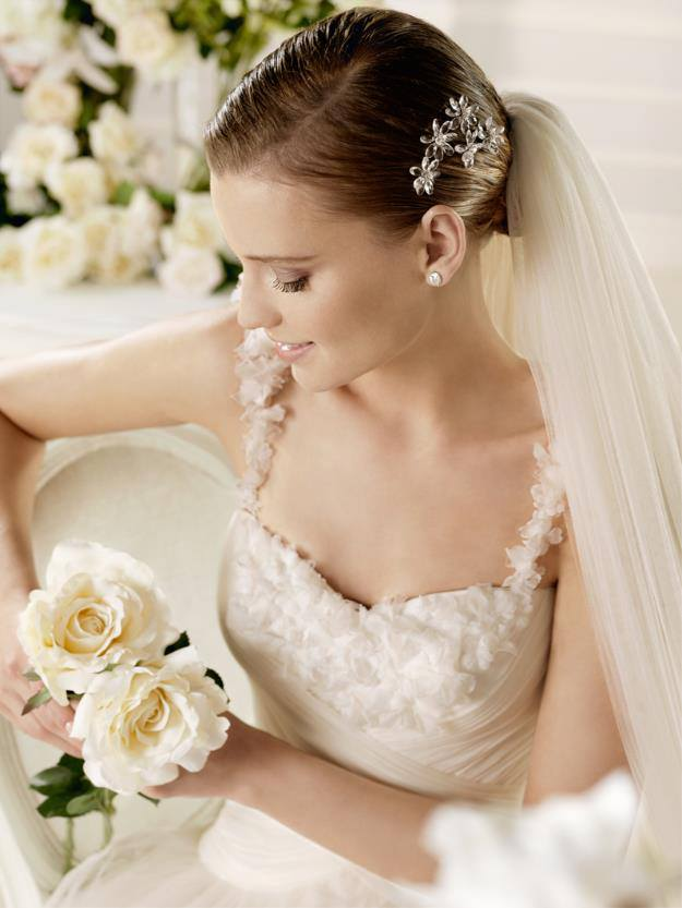 Cheshire Rose Bridal Special offer 2 for The LEasowe Castle Wedding Fayre Sunday 18th Jan 2015 Red Event. 2