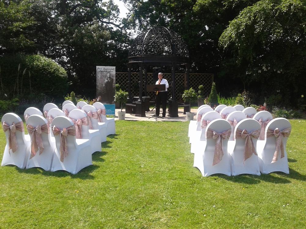 Paul sax garden Macdonald Craxton Wood Red Event Wedding Fayre.jpg