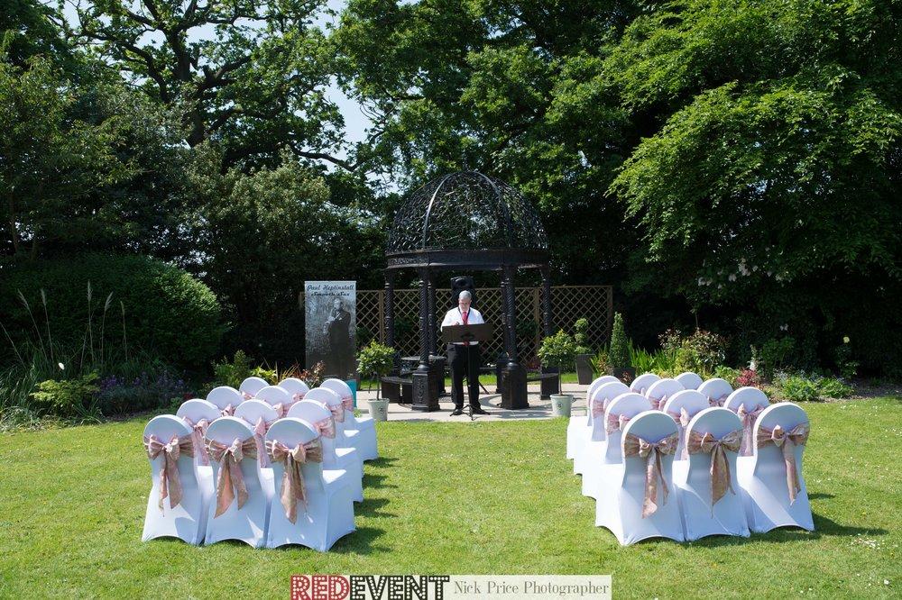 Entertianment Macdonald Craxton Wood Wedding Fayre