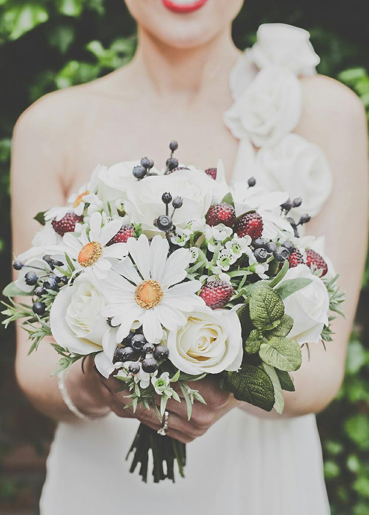 Nina's Flowers special offer for Formby Hall Wedding Fayre Liverpool Wedding Fair Merseyside Weddings www.redeventweddingfayres.com1.jpg