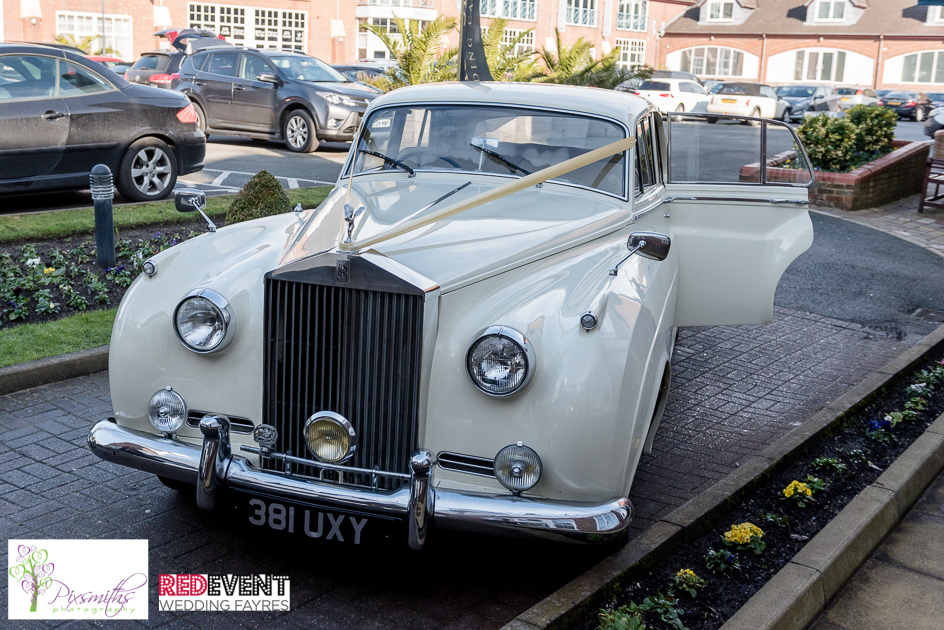 Magnolia Classics wedding cars 007_Red Events Formby.jpg