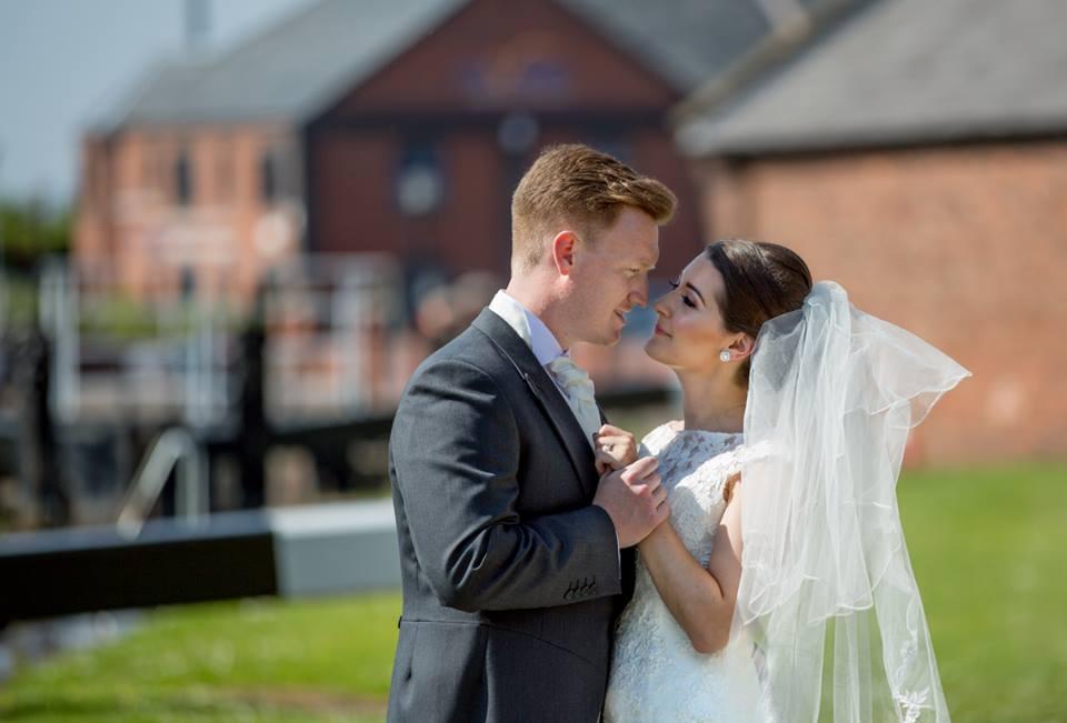 Holiday Inn Ellesmere Port Cheshire Oaks Wedding Fayre Cheshire Wirral Wedding Fair 02 www.redeventweddingfayres.com.jpg