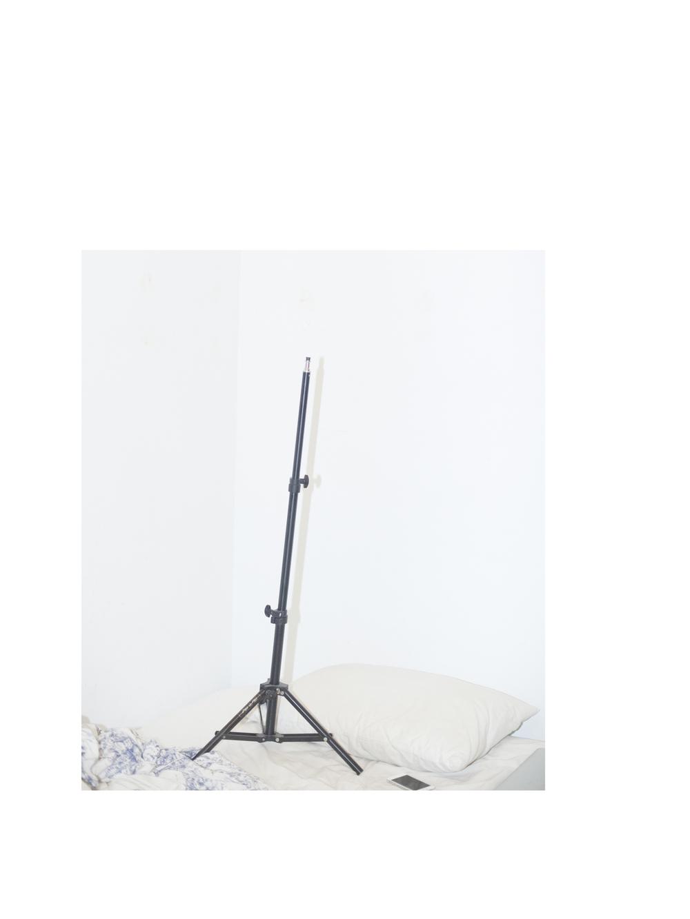 5 light stand.jpg