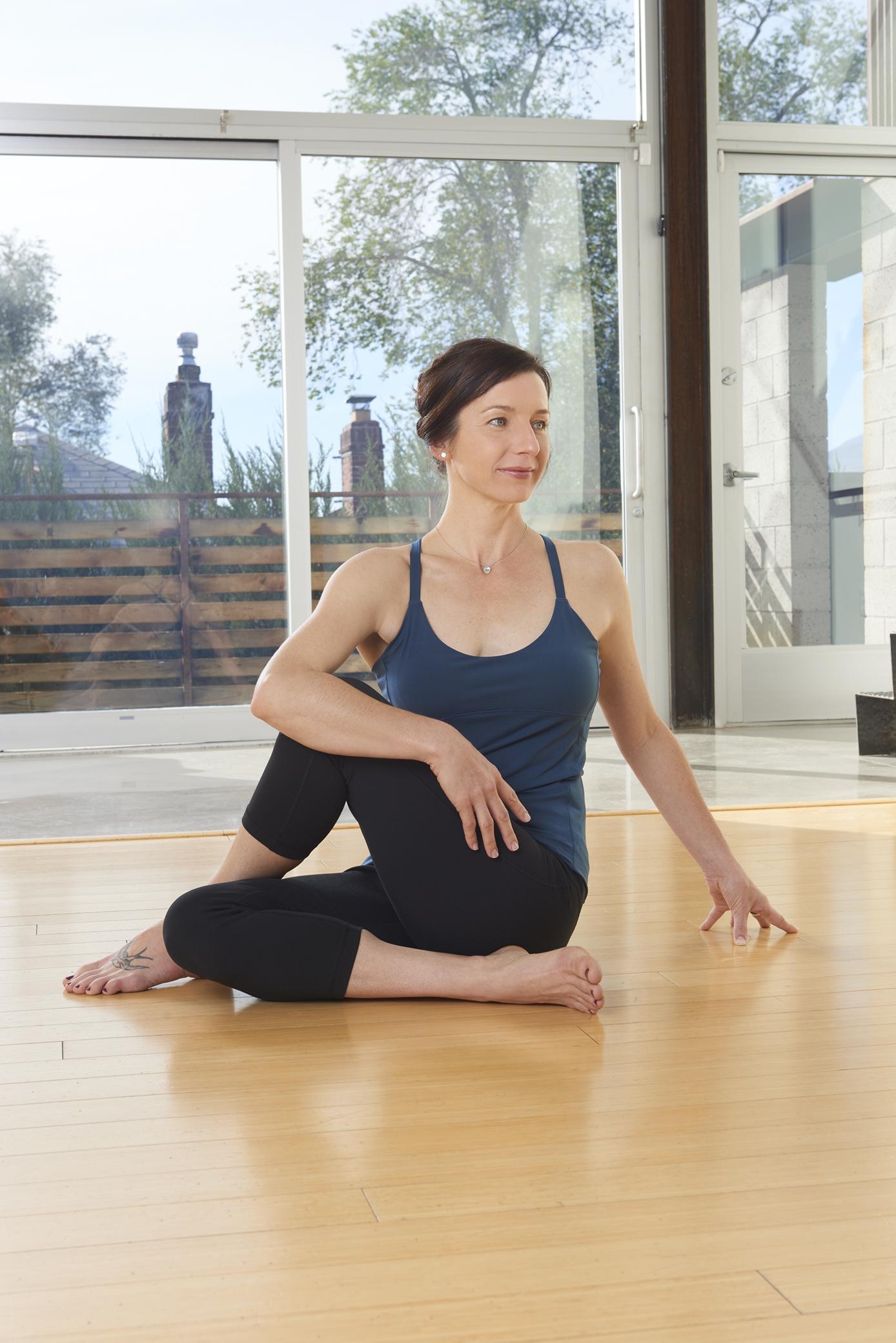 Myofascial Movement Meditation The Spiral Lines Katie Louvat Yoga