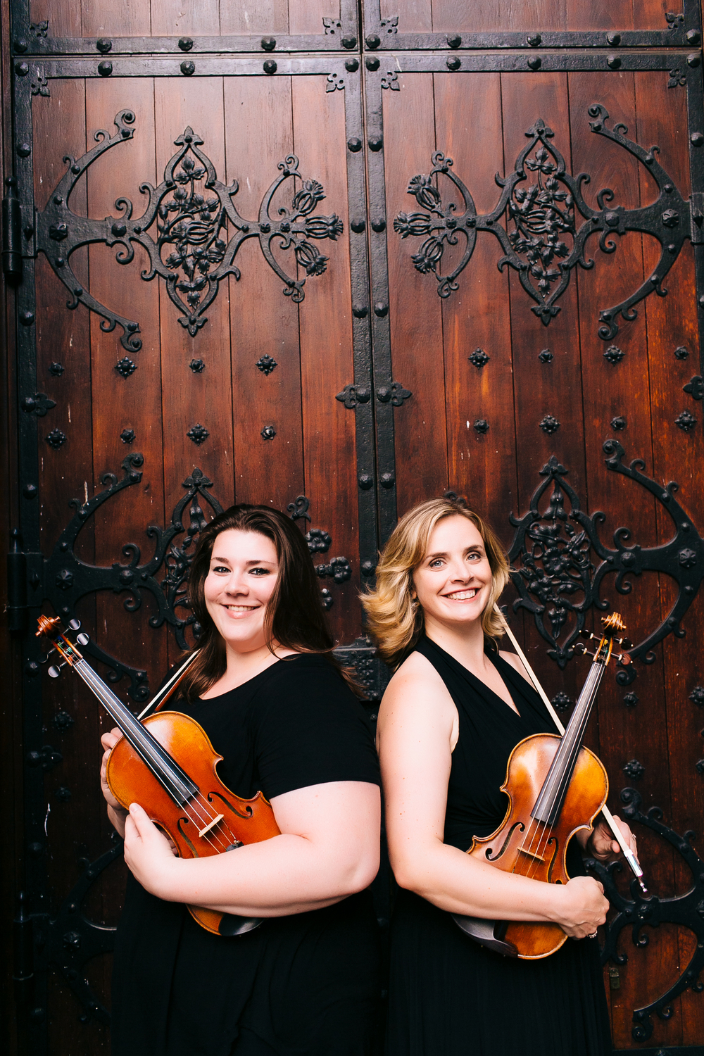Catherine Colquhoun (violin) and Stephanie Merten (violin)
