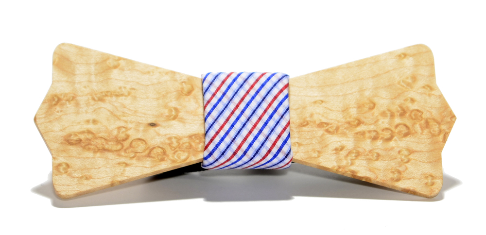 The Captain Birdseye Maple Diamond Point Cotton Wooden Bow Tie