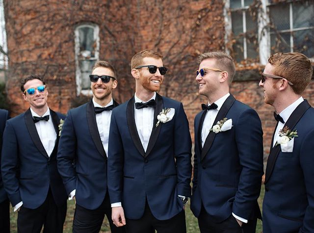 Check out my story to see which pair of @switchwood sunnies each these groomsmen is wearing! They're all different 👌🏼📸: @lindseyleighweddings . . . #artinnature #woodensunnies #woodensunglasses #goldenhour #mexico #sunset #freeshow #woodwork #shades #endlesssummer #stylin #nature #entrepreneurlife #smallbusiness #sunnies #sunglasseslover #weddingphotography #michiganwedding #weddingphotographer #groomsmen #groomsmenstyle #mensstyle #mensapparel