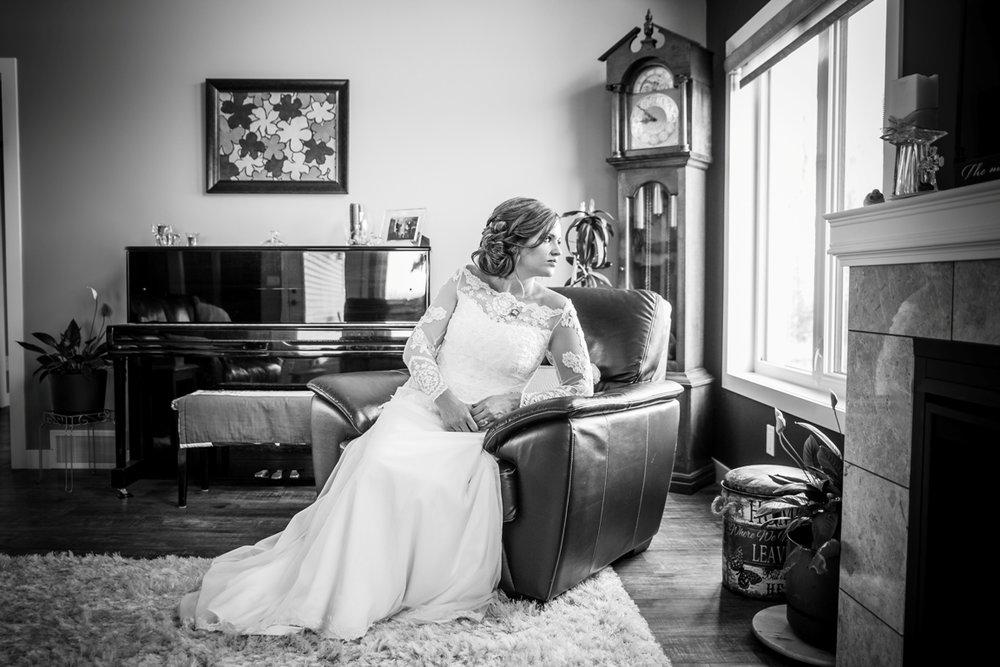 kiersten_edmonton_bridal_portrait_formal_photos (1 of 1).jpg