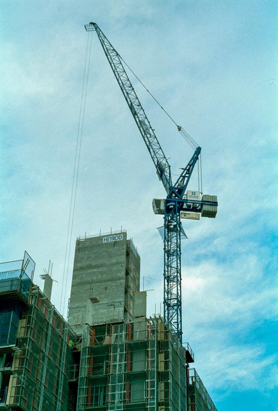 Construction - Pro 400 35mm 004.jpg