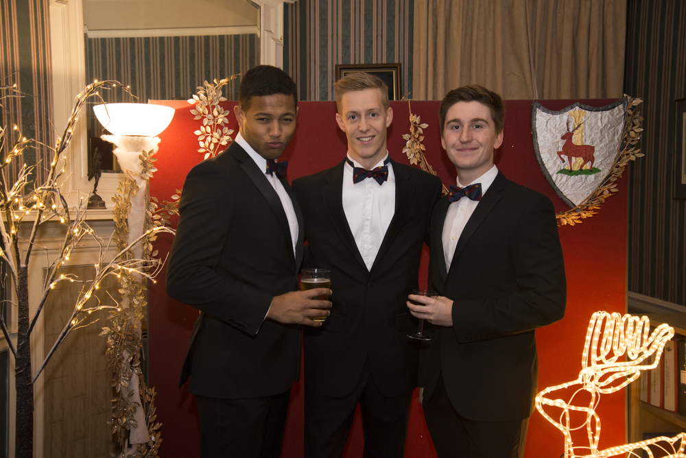 SAUS_winter_ball12121504.jpg