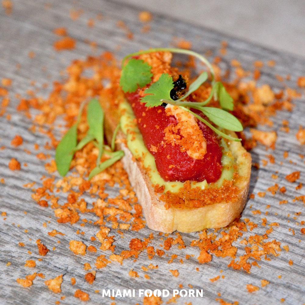 Truffle tuna bites