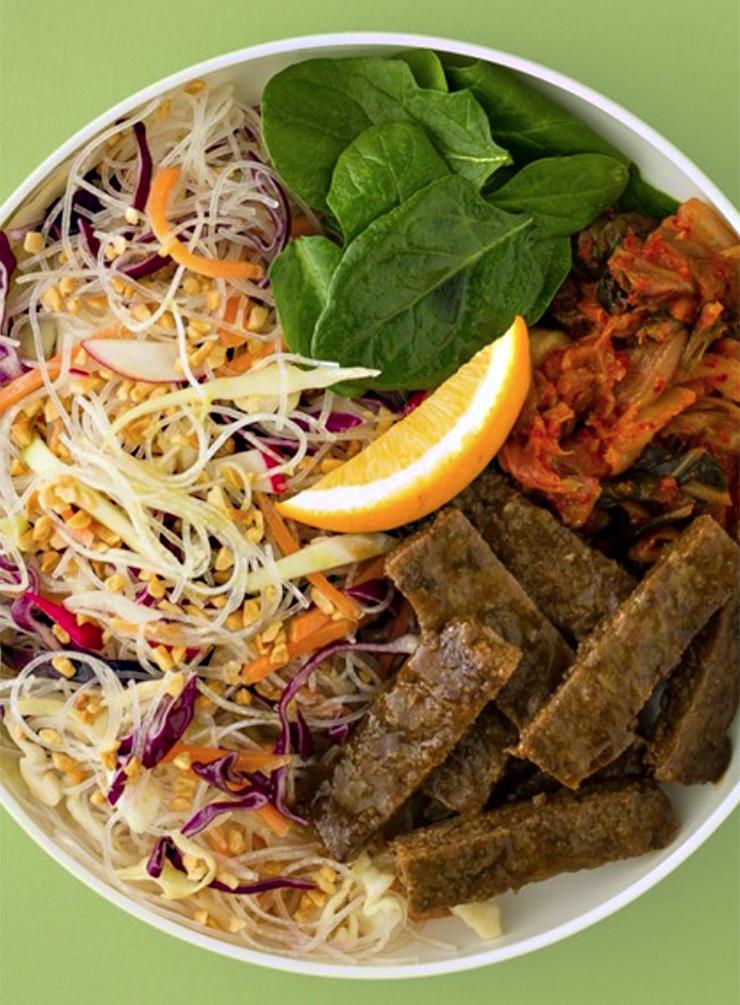 Asian Beef Noodle Bowl – Large.jpg