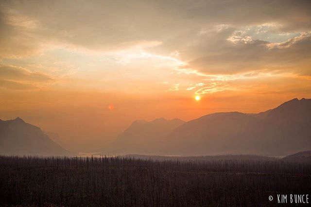 More Montana to get through hump day . . . . . #montana #glaciernationalpark #glaciernps #nps #findyourpark #sunset #goldenhour #magichour #canon #5dmkiii #spraguefire #travel #travelphotography
