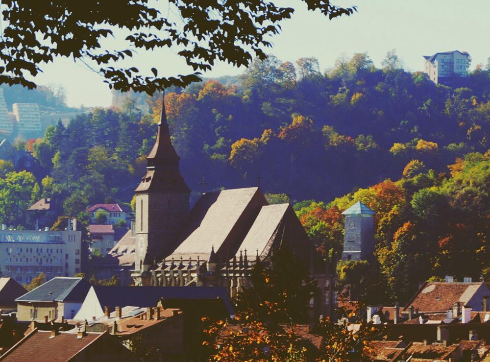 brasov-autumn2-1080x798.jpg