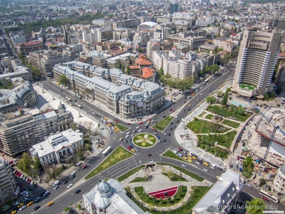 Fotografii-aeriane-Piata-Universitatii-Bucuresti--5751681751_0_huge.jpg