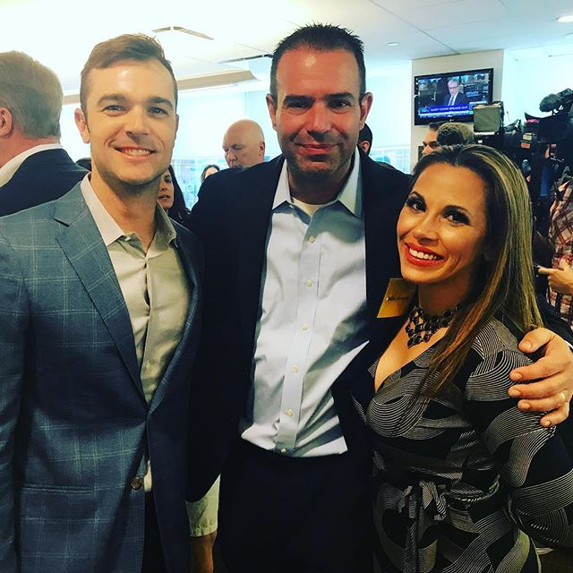 Another Amazing athlete @drobdrobdrob supporting another wonderful cause. Lovely to chat with you all today! #baseball #btigcharityday #makeacall #makeatrade #makeadifference #givingback