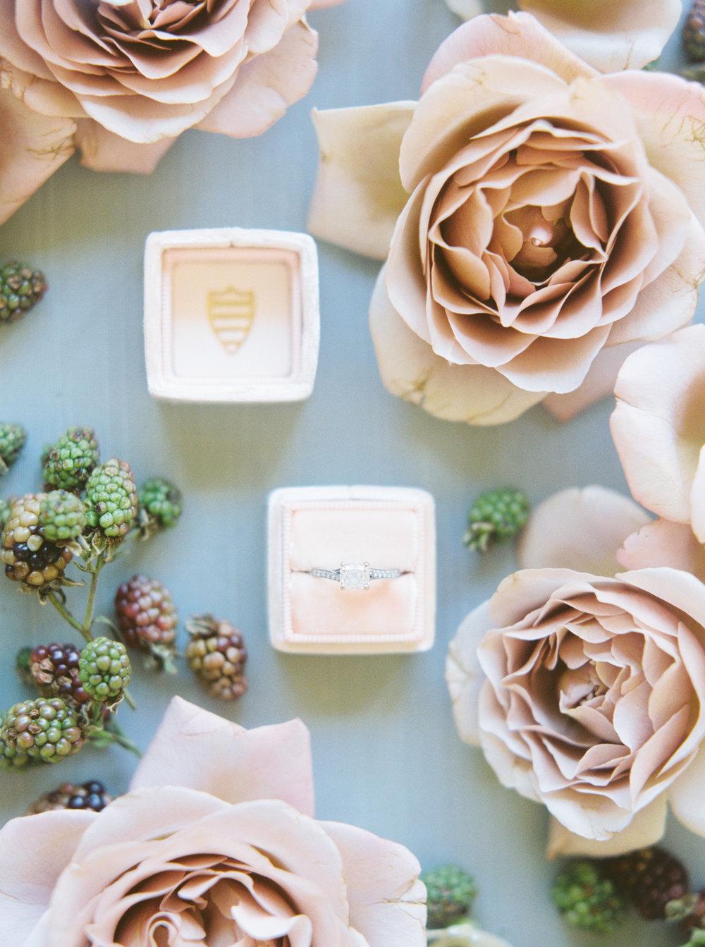 Austin Florist Garden Roses Wedding Ring
