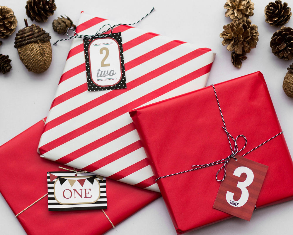 Printable Christmas Countdown Tags by MKKM Designs