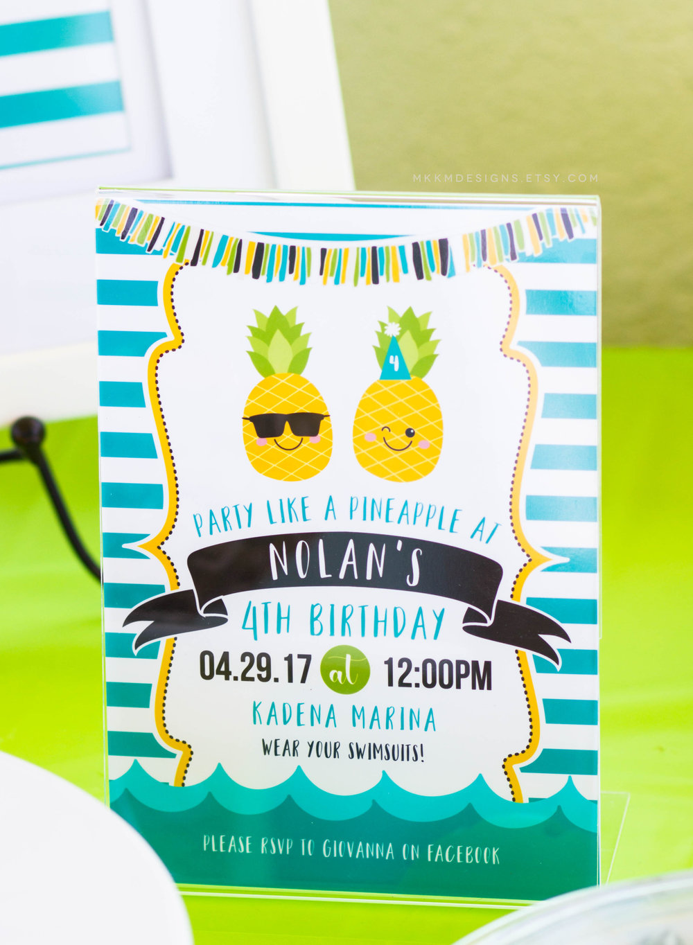 Pineapple Party Invite