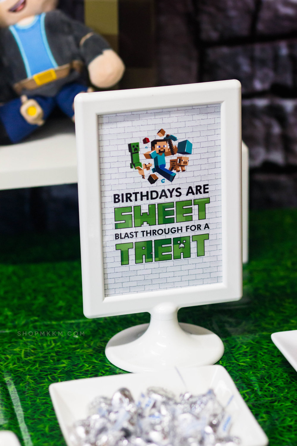 Birthdays Are Sweet Minecraft Sign by MKKM Designs. Creep Over for the Free Printable