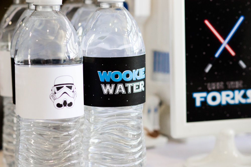 Wookie Water Bottle Wrappers. Star Wars Party Printables by MKKM Designs #swoonworthysoirees #mkkmdesigns