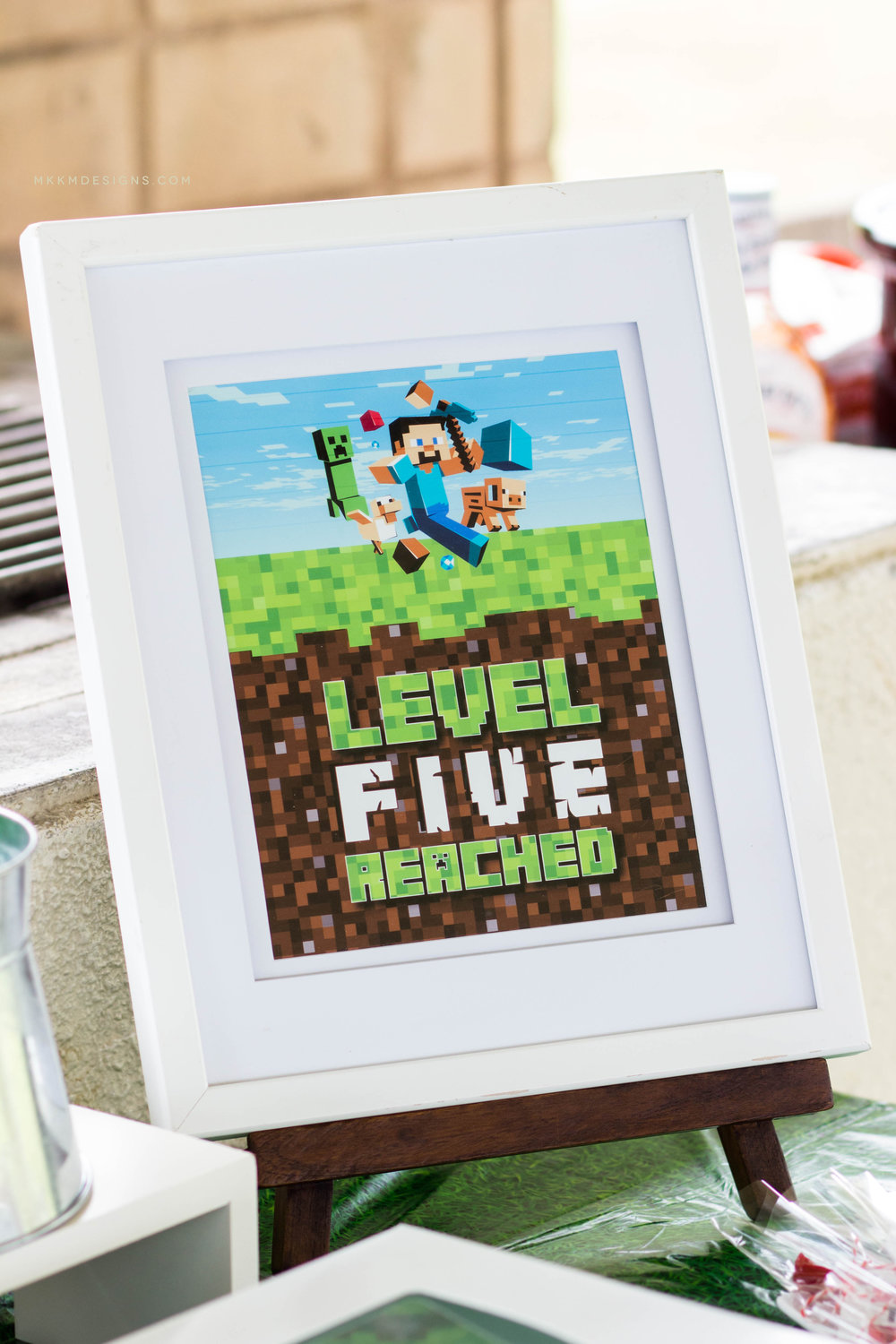 Level Five Reached Minecraft sign. Get your own custom sign in the MKKM shop.