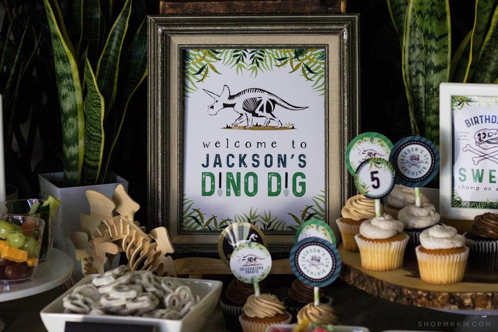 Dinosaur Dig Party Sign from shopmkkm.com