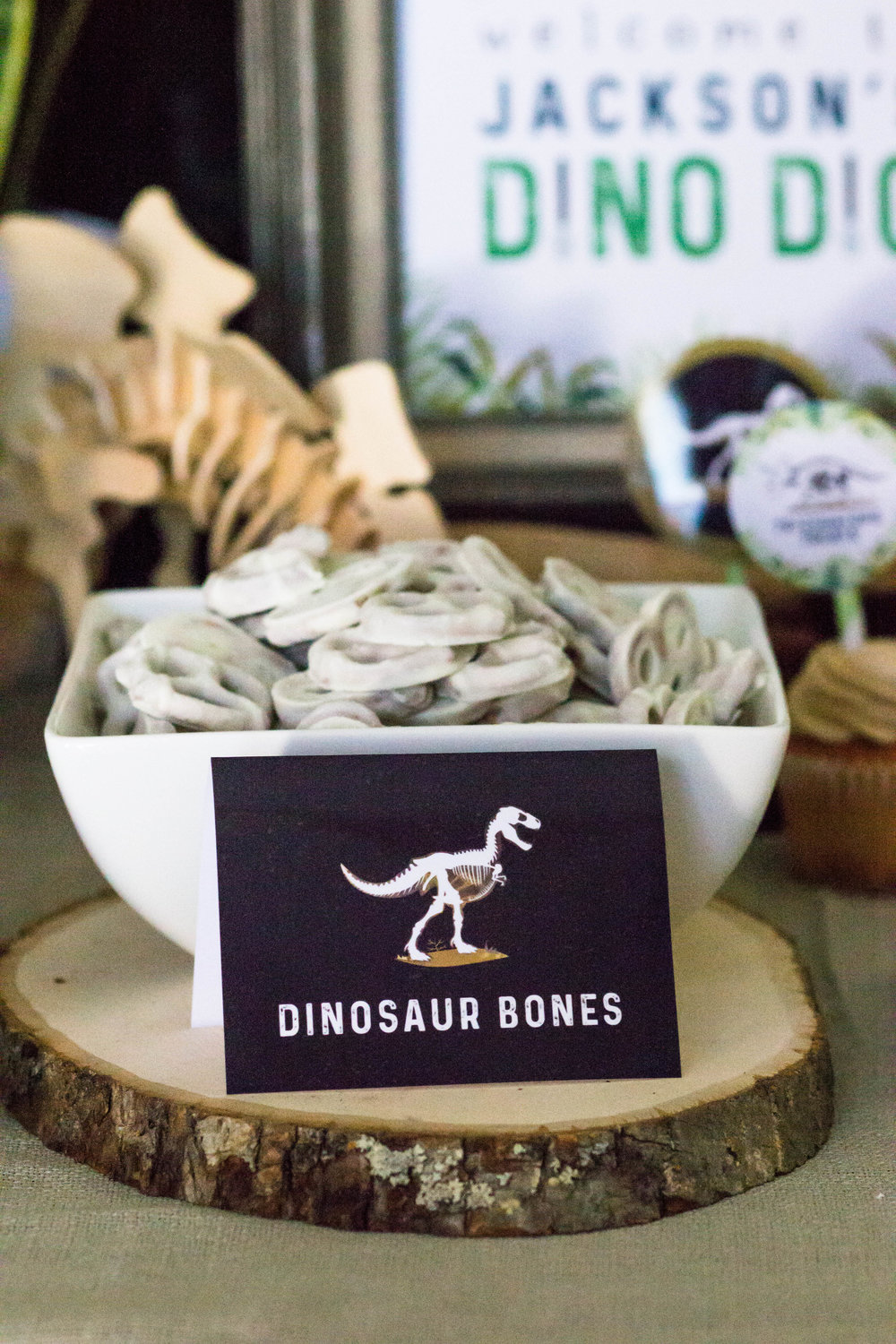 Dinosaur Bones food card download from shopmkkm.com