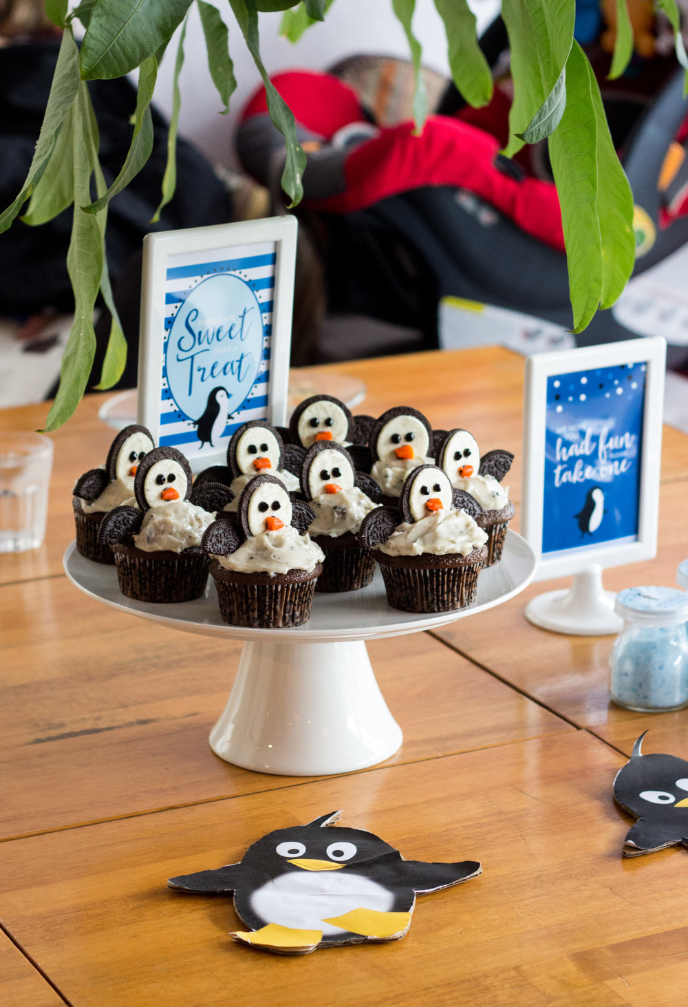 Penguin party decor by shopmkkm.com