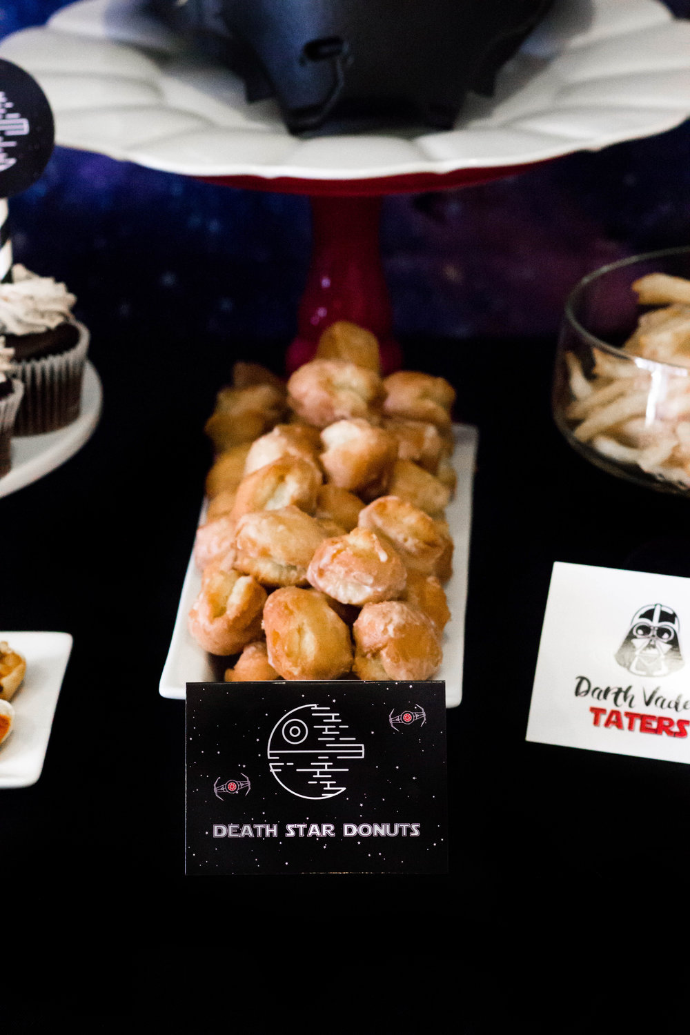 Death star donuts, star wars party food ideas from shopmkkm.com