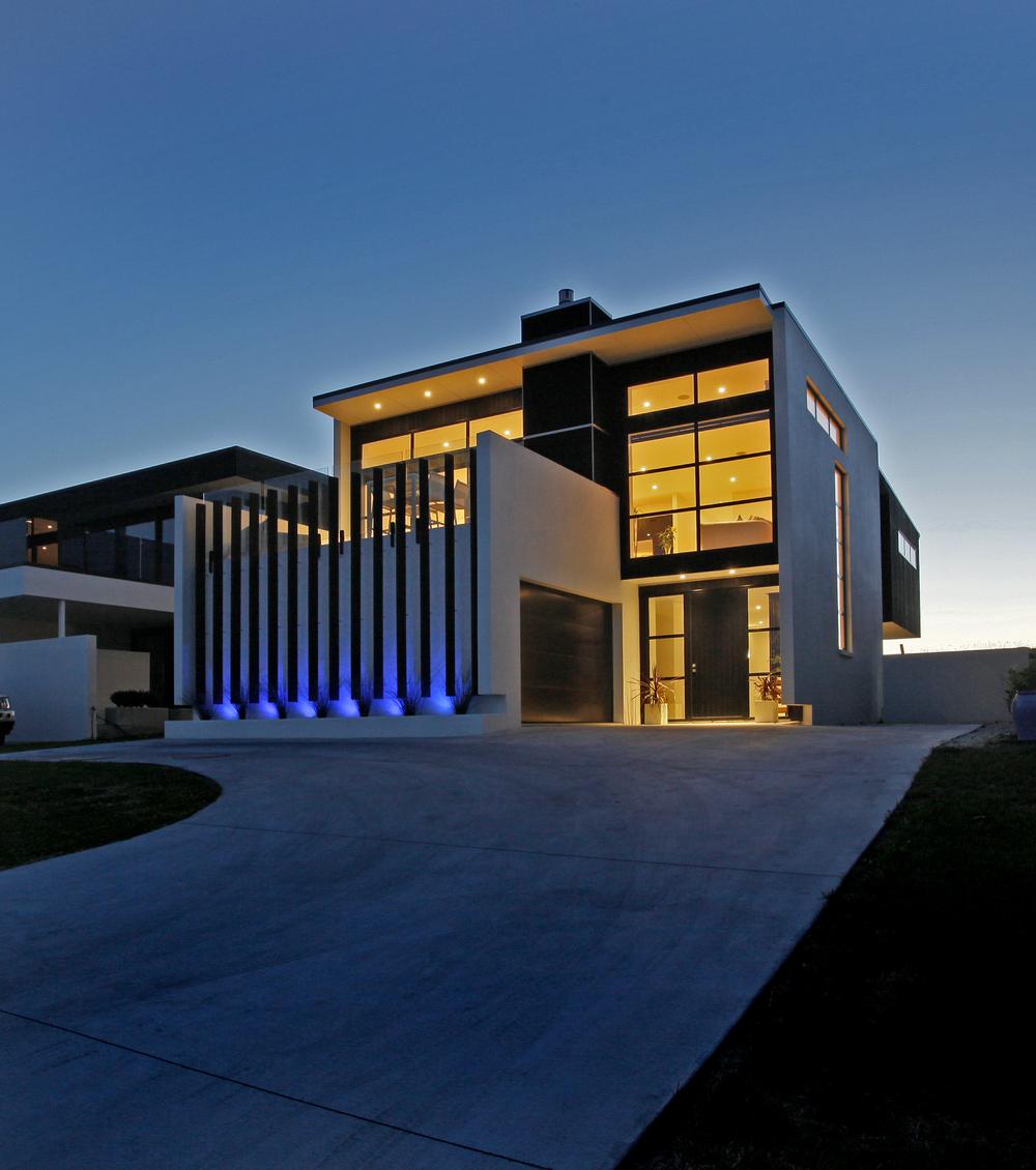 Omaha-House-1.jpg