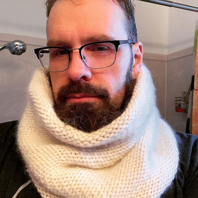 I look so stern! I knitted this project for my wife (@littlebluegigi ) for Christmas. @purlsoho Double Layer Cowl in their Super Soft Merino. Fun project to expand my newb skills; great yarn to knit. #knittersofinstagram #purlsohodoublelayercowl #purlsohosupersoftmerino