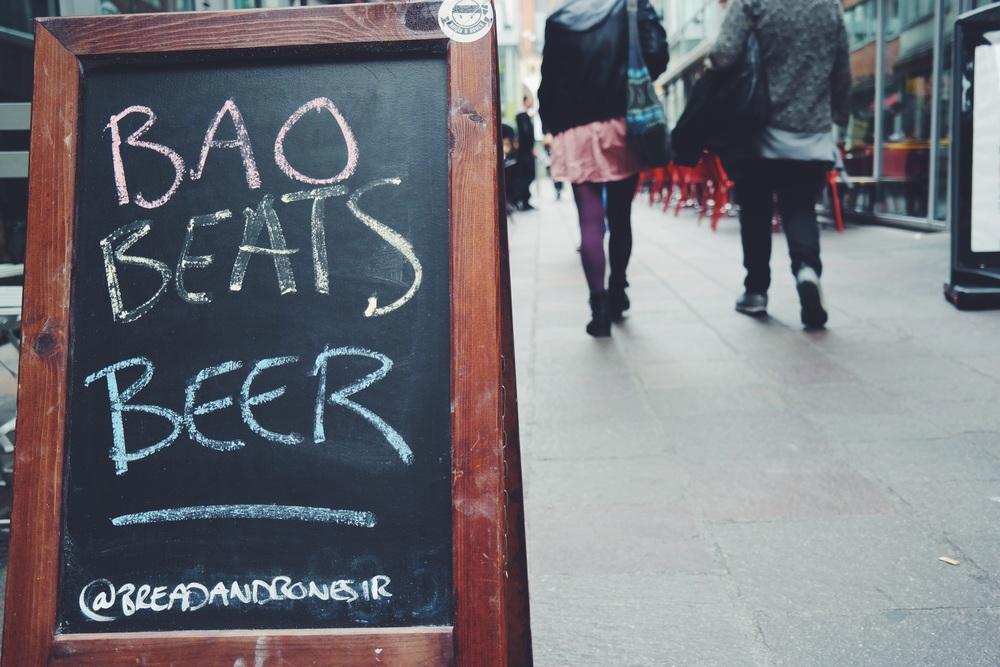 Boa Beats Beer