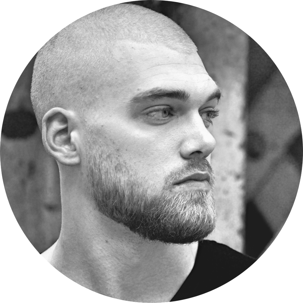 Mischa Janiec – Entrepreneur and Pro Natural Bodybuilder