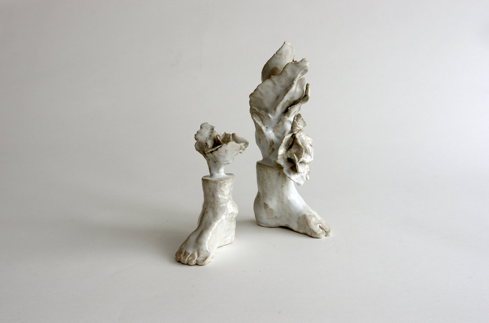 Les pieds fleuris (2018) droit 16 x 8 x 15 cm gauche 27 x 13 x 10 cm