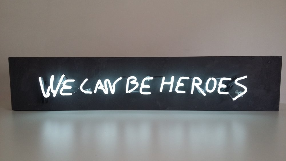 We can be heroes néon-Picot-GalMondapart25x100x10.jpg