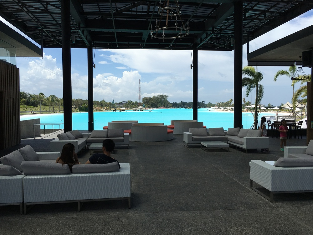 A HUGE LUXURIOUS LAGOON POOL TO GREET US THE MOMENT WE STEP OFF OUR VAN!