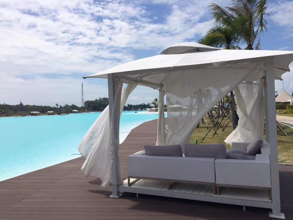 GORGEOUS CABANAS TO LAZE IN ALL DAY....