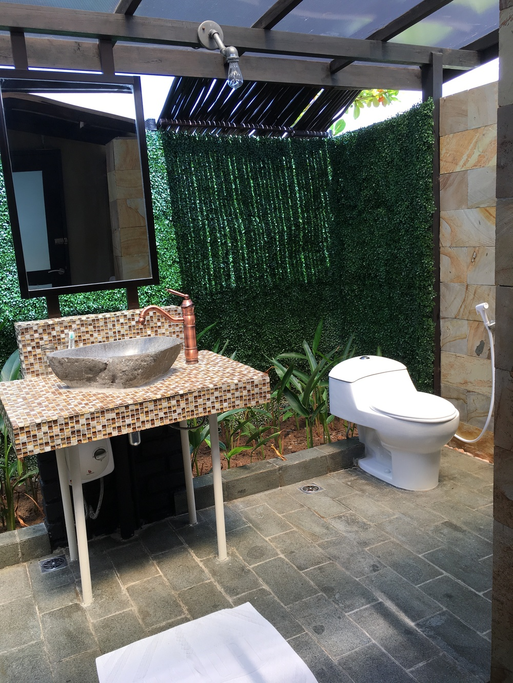 Outdoor concept toilet...