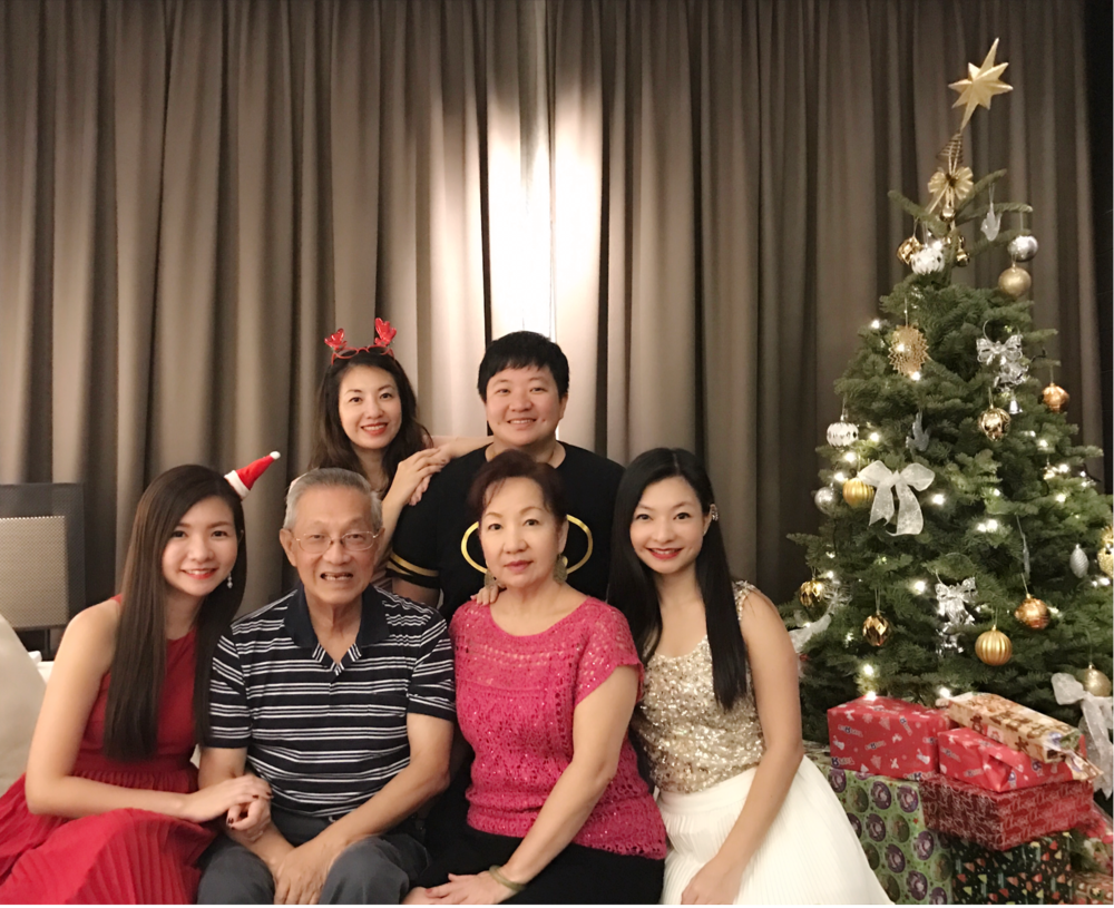 4 SISTERS WITH DADDY & MOMMY!