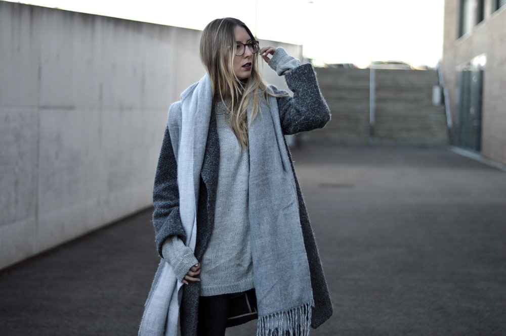 Grey Coat - OSIARAH.COM (12 of 18).jpg