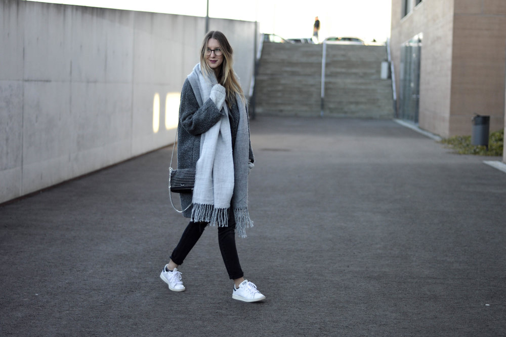 Grey Coat - OSIARAH.COM (17 of 18).jpg